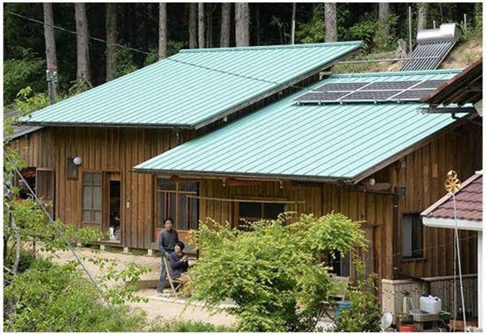 Japanese Lodges and Photovoltaic Panels