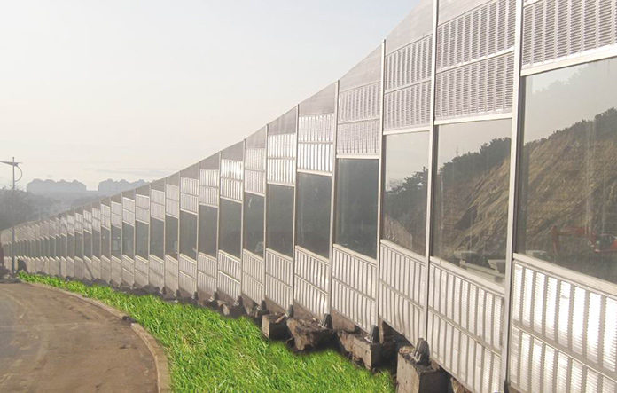 Photovoltaic Panels to Built in the Sound Barrier Areas