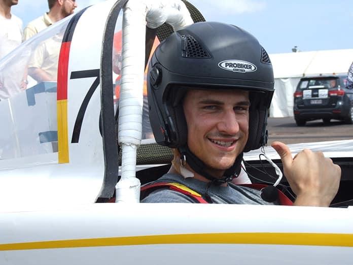 Sonnenwagen Driver Marc Locke Thumbs up