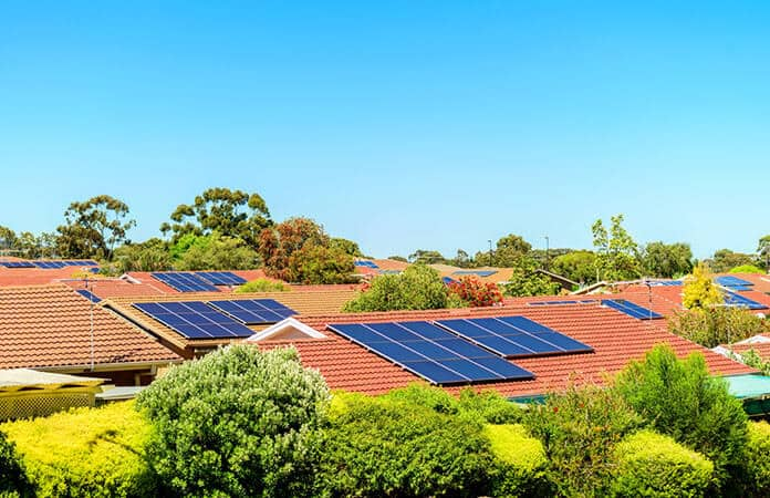 Decentralization of the Residential Solar Power Systems Network