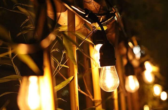 16 S14 LED Shatter-Proof Solar-Powered String Lights